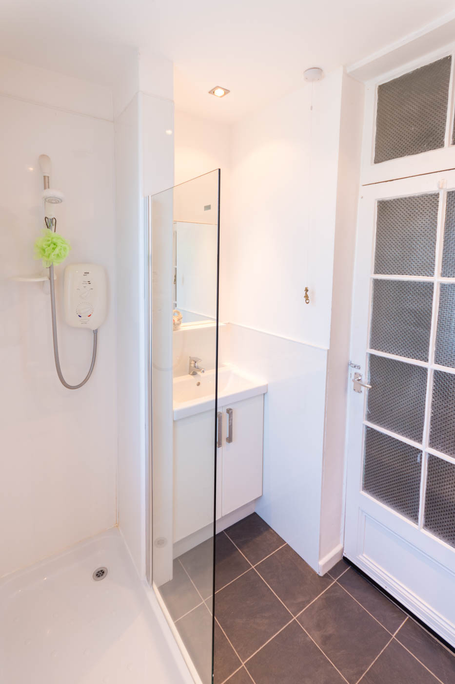 Whitehaven North Berwick Shower Accommodation_